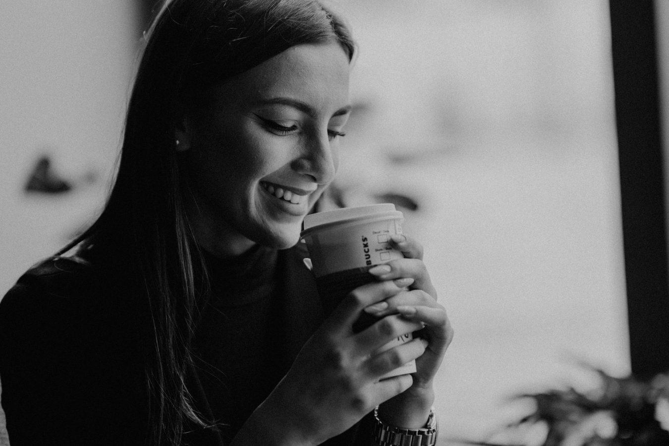 fata cafea
